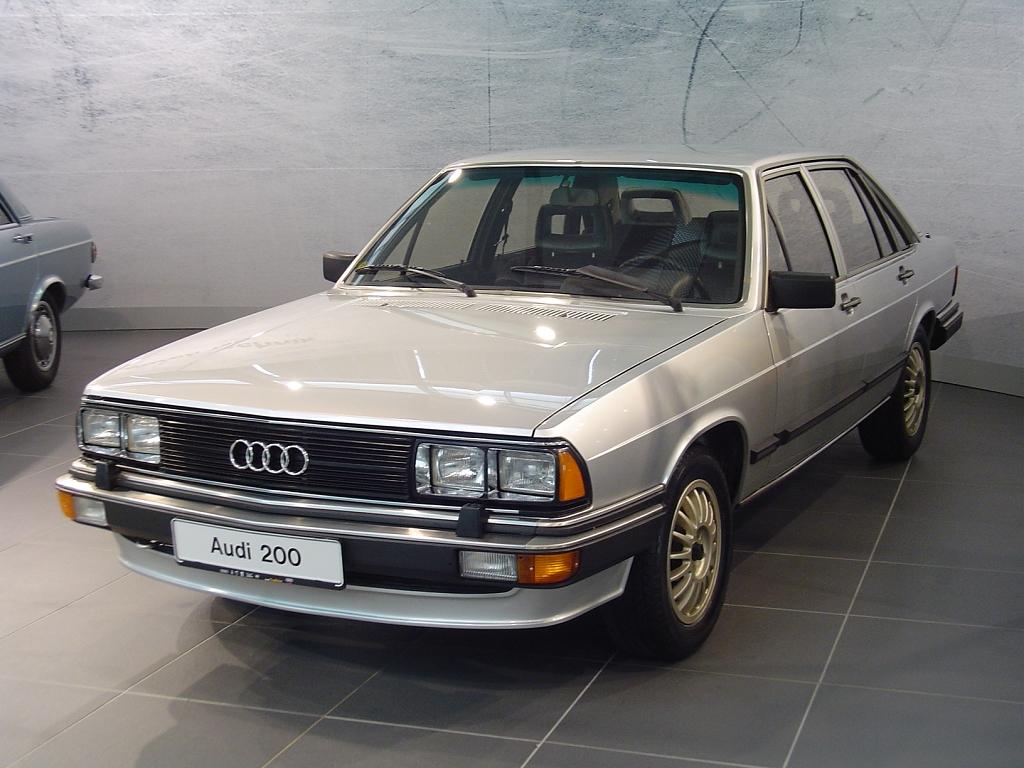 Audi 100 Typ 43 Gallery Showrooml Www Audi100 De